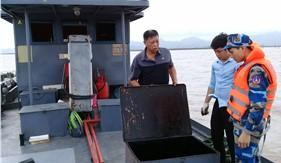 Bộ Tư lệnh Vùng Cảnh sát biển 1 tạm giữ 35.000 lít dầu FO không rõ nguồn gốc