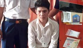 Bộ Tư Lệnh Vùng Cảnh sát biển 4 bắt giữ đối tượng tàng trữ trái phép chất ma túy