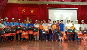 """BTL Vùng Cảnh sát biển 3 tham gia chương trình """"Hành trình vì biển đảo quê hương"""""""