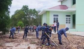"""Hải đội 202 với phong trào thi đua """"Quân đội chung sức xây dựng nông thôn mới"""""""