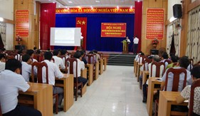 Hải đoàn 21 phối hợp tuyên truyền biển đảo cho cán bộ, đảng viên Huyện ủy Nông Sơn, Quảng Nam