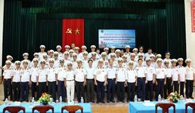 """Đoàn Cựu Chiến binh """"Đoàn tàu không số"""" tỉnh Nghệ An, Hà Tĩnh thăm, giao lưu với cán bộ, chiến sĩ BTL Vùng Cảnh sát biển 2"""