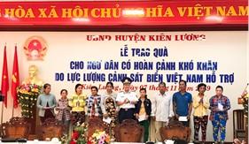 Trao quà hỗ trợ cho ngư dân nghèo khó khăn tại Tỉnh Kiên Giang