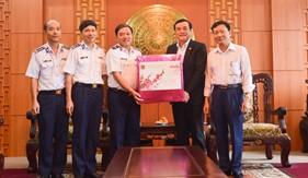 Thủ trưởng Bộ Tư lệnh Cảnh sát biển chúc Tết Đảng bộ, chính quyền, nhân dân tỉnh Quảng Nam và Quảng Ngãi