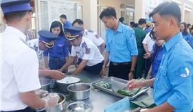 """Hải đoàn 42 phối hợp tổ chức chương trình """"Xuân biên giới - Tết Hải đảo"""""""