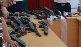 BTL Vùng Cảnh sát biển 3 thu giữ 15 khẩu súng săn không rõ nguồn gốc
