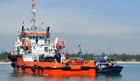 Cánh sát Biển cứu hộ tàu cá gặp nạn