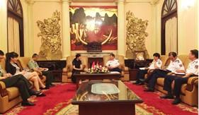 Tư lệnh Cảnh sát biển tiếp và làm việc với Đại biện lâm thời Đại sứ quán Trung Quốc