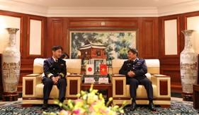 Tư lệnh Cảnh sát biển Việt Nam tiếp xã giao Đoàn công tác Lực lượng Bảo vệ bờ biển Nhật Bản