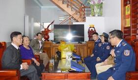 Đoàn Đặc nhiệm PCTP ma túy số 2 tổ chức thăm hỏi gia đình chính sách nhân dịp Tết Kỷ Hợi 2019