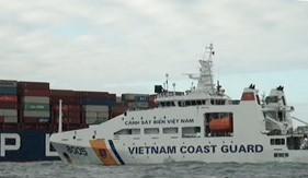 Bộ Tư lệnh Vùng Cảnh sát biển 3 cứu nạn tàu bị cháy trên biển