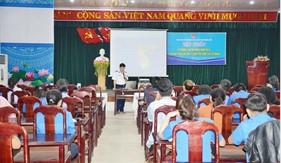 Bộ Tư lệnh Vùng Cảnh sát biển 2 tuyên truyền biển, đảo cho cán bộ đoàn khối cơ quan tỉnh Quảng Nam