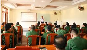 Trung tâm Đào tạo và Bồi dưỡng nghiệp vụ Cảnh sát biển phối hợp tuyên truyền biển, đảo và Luật Cảnh sát biển Việt Nam cho quân dự bị động viên quận Ba Đình