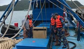 BTL Vùng Cảnh sát biển 3 tạm giữ tàu chở 100 nghìn lít dầu DO trái phép