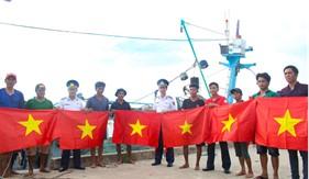 Đoàn kết các lực lượng trong thực hiện nhiệm vụ bảo vệ môi trường  và chủ quyền biển đảo