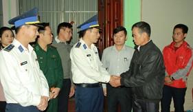 Bộ Tư lệnh Vùng Cảnh sát biển 1 thăm hỏi, động viên gia đình quân nhân Đoàn Kinh tế - Quốc phòng 337 hy sinh tại Quảng Trị