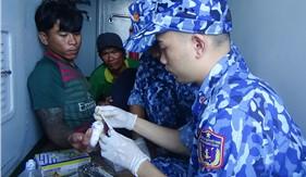 Tàu 4031 kịp thời cấp cứu ngư dân bị nạn trên biển