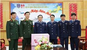 Trung tướng Nguyễn Trọng Bình thăm, chúc tết Bộ Tư lệnh Vùng Cảnh sát biển 2