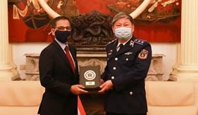 Tư lệnh Cảnh sát biển tiếp xã giao Đại sứ Đặc mệnh toàn quyền nước Cộng hòa Ấn Độ tại Việt Nam