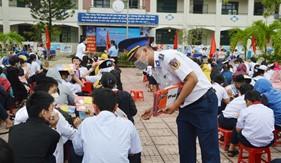 """Tuổi trẻ Bộ Tư lệnh Vùng Cảnh sát biển 2: """"Xung kích lập công, tô hồng truyền thống"""""""