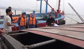 Đoàn Trinh sát số 1 Cảnh sát biển bắt giữ tàu vận chuyển hơn 500 tấn than cám bất hợp pháp