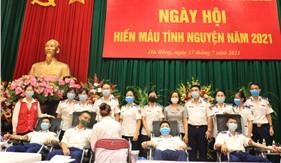 Cán bộ, chiến sĩ Cảnh sát biển hưởng ứng Ngày hội hiến máu cứu người