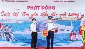Ươm mầm tình yêu biển, đảo Tổ quốc cho các em học sinh tỉnh Quảng Nam